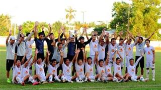 Đội trẻ thăng hạng Nhì, đội lớn Quảng Nam nhận lệnh lên V.League