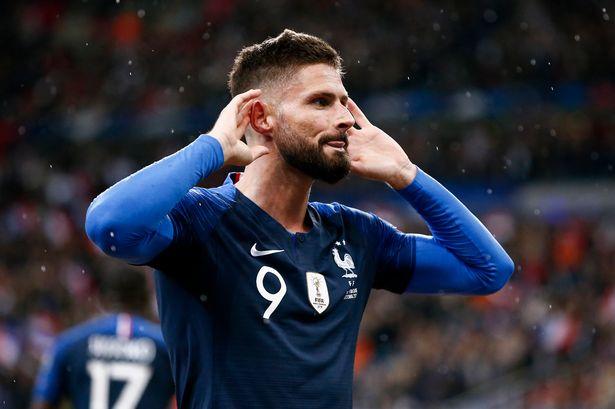 Giroud có nét riêng trong lịch sử ĐT Pháp