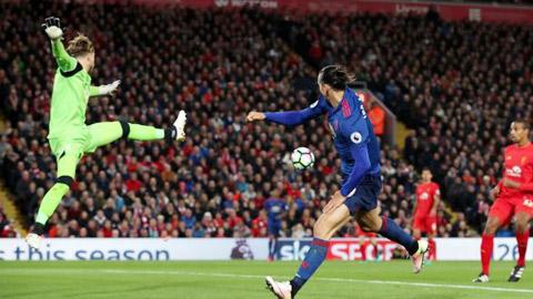 Milan trông chờ vào màn tái xuất của thủ lĩnh Ibrahimovic ở Anfield