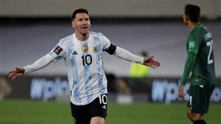 Messi phá kỷ lục ghi bàn của 'vua bóng đá' Pele