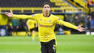 Cầu thủ Dortmund nốc bia đáp trả CĐV Leverkusen