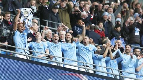 Lăng kính: Nước Anh cần Man City thắng