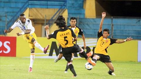 Lần đần tiên trong lịch sử, 2 đội Việt Nam vào tứ kết AFC Cup