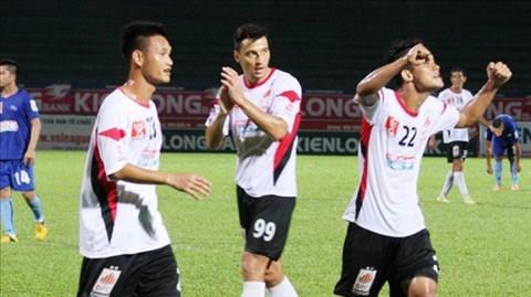 ĐT.LA 2-0 Thanh Hóa: Thanh Hóa lỡ thời cơ bám đỉnh