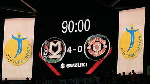 MK Dons 4-0 M.U: Quỷ đỏ thua sốc ở Cúp Liên đoàn