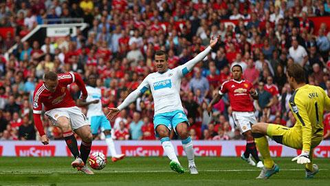 Bất lực trước Tim Krul, M.U chịu hòa 0-0 với Newcastle