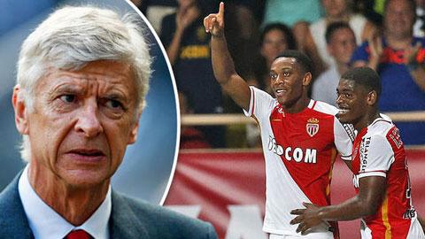 Wenger từng từ chối Martial: Sai một ly, nguy đại chiến