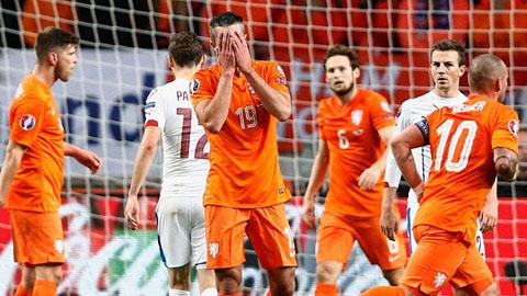 Hà Lan bị loại muối mặt khỏi EURO