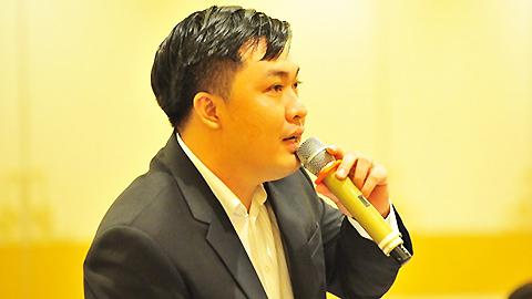 """Tân TGĐ VPF Cao Văn Chóng: """"Các trận đấu phải sòng phẳng mới thu hút được khán giả"""""""