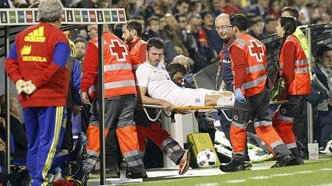 Carrick dính chấn thương mắt cá, nguy cơ nghỉ dài hạn