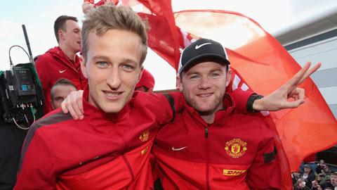 Lindegaard nguy cơ bị phạt vì đưa ảnh sỉ nhục Rooney