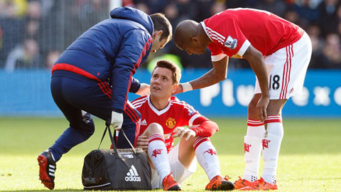 M.U còn khổ vì chấn thương hơn Arsenal