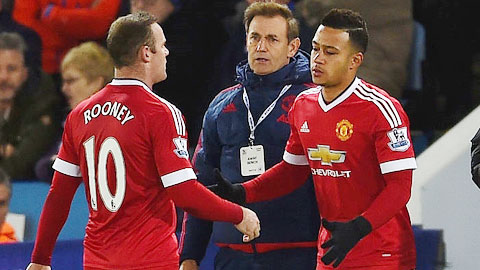 Rooney chấn thương: Quà Giáng Sinh sớm cho M.U?