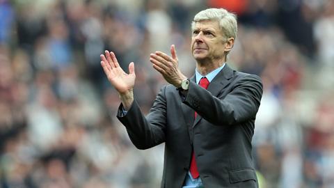 HLV Wenger chia sẻ sức mạnh giúp Arsenal chiến thắng Sunderland