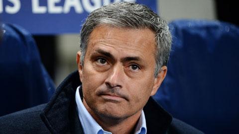 Chelsea chơi tệ, tình cảm giữa Mourinho và học trò vẫn không tệ