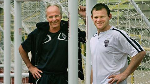Đội bóng Trung Quốc chào mời Rooney mức lương siêu khủng