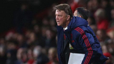M.U thua cả Bournemouth, Van Gaal vẫn tin có thể vô địch Ngoại hạng Anh