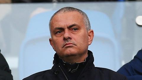 Mourinho từ chối Roma, chờ tin từ M.U