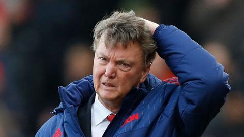 """Van Gaal: """"Không cần sa thải. Tự tôi từ chức"""""""