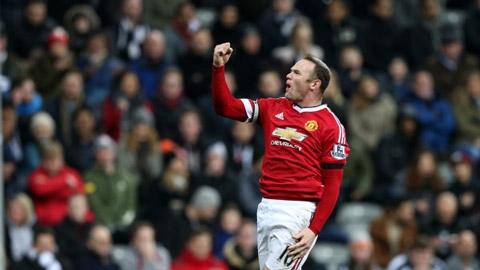 Rooney xô đổ kỉ lục của Van Nistelrooy