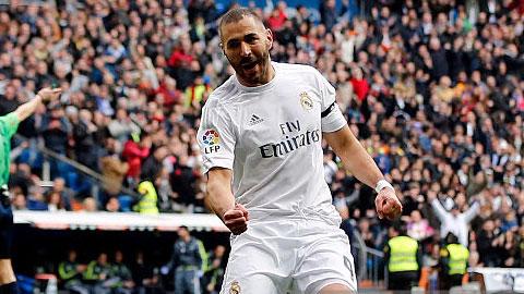 Benzema hưởng lợi từ sự có mặt của HLV Zidane