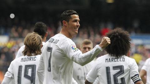 Real Madrid 5-1 Gijon: Thăng hoa cùng Zizou