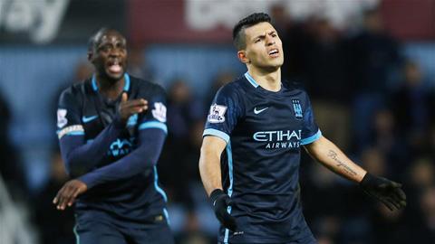 West Ham 2-2 Man City: Aguero không cứu nổi Man xanh