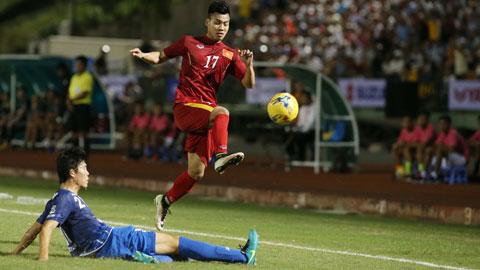 ĐT Việt Nam hừng hực khí thế lên đường dự AFF Suzuki Cup