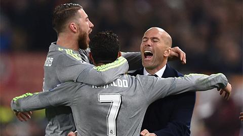 Zidane và Ramos gọi điện thuyết phục Ronaldo ở lại