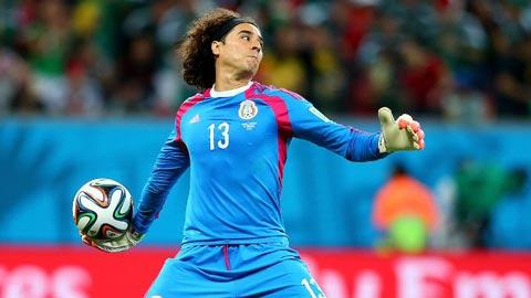 Chuyện nghề kỳ lạ của thủ môn ĐT Mexico, Guilermo Ochoa