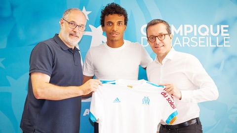 """Luiz Gustavo (Marseille): """"Niềm vui của tôi là giúp đỡ mọi người"""""""