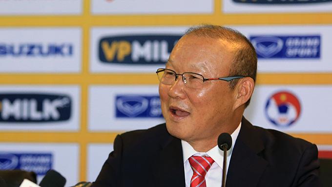 HLV Park Hang-seo hứa giúp Việt Nam trở lại top 100 thế giới