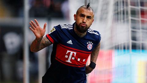 Bayern vô địch lượt đi, Dortmund thua ngay sân nhà