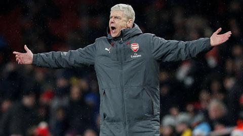 Wenger bình thản, nhưng Arsenal phải hành động để tự cứu mình