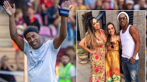 Ronaldinho cưới cùng lúc 2 vợ