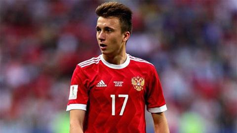 Mẹ Golovin xác nhận con trai đang đàm phán với Chelsea