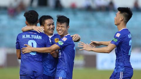 Vòng 18 V.League: Mưa bàn thắng ở Tam Kỳ và Cẩm Phả