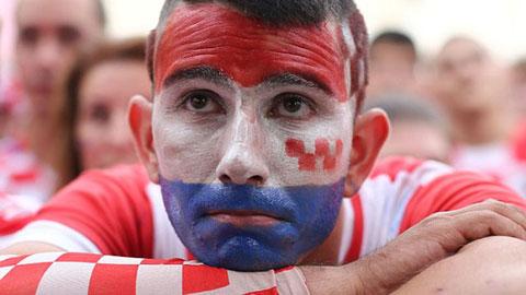 CĐV Croatia chết lặng khi giấc mơ vô địch World Cup tan vỡ