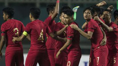 Chơi thiếu người, U19 Indonesia vẫn xuất sắc thắng U19 UAE để vào vòng 2