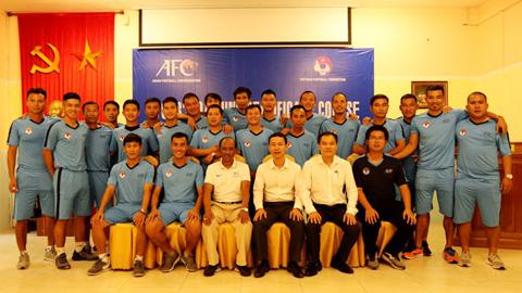 Kết thúc khóa học HLV chứng chỉ B của AFC