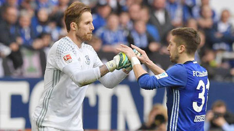 Schalke vững vàng ở Champions League nhờ hàng thủ