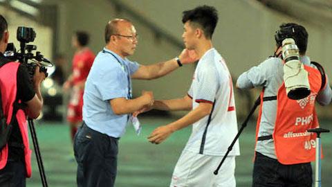 Cựu tuyển thủ Lê Tấn Tài: 'Thắng Lào, nhưng vẫn lo'