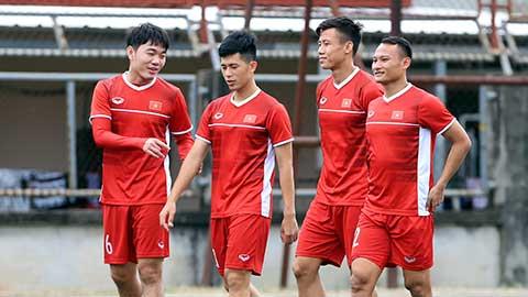 Tuyển thủ Việt Nam đau đầu chuyện vé xem trận đấu với Malaysia