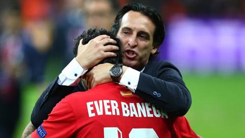 Ever Banega chuẩn bị tái hợp Emery ở Arsenal