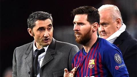 Messi khó ở với cách Barca đối xử với Valverde