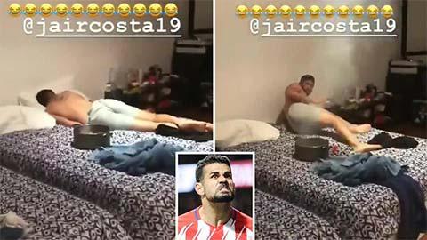 Diego Costa phá giấc ngủ của anh trai bằng pháo