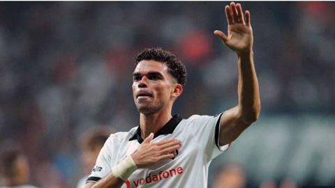 Cựu trung vệ Pepe của Real sắp thoát cảnh vất vưởng