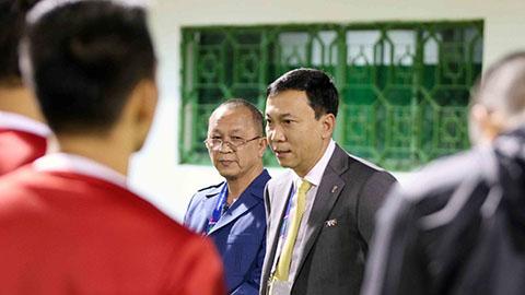 VFF tặng quà may mắn cho ĐT Việt Nam