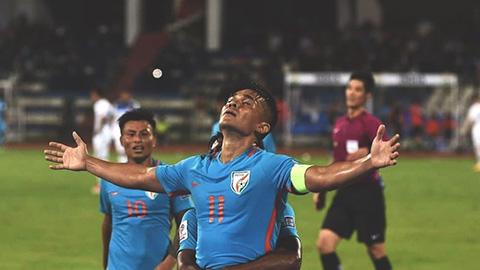 Sao Ấn Độ ví Thái Lan đá như Barca nhưng vẫn thua tan nát