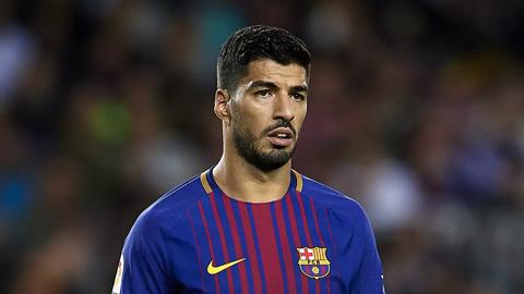 Barca và khoảng trống phải lấp phía sau Suarez